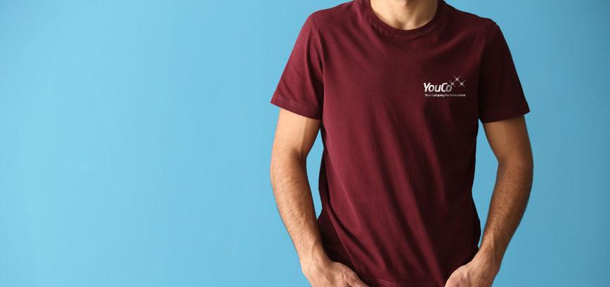 uomo con maglietta youco per la formazione in youacademy